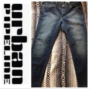 URBAN PIPELINE JEANS-  MENS SZ 33x30